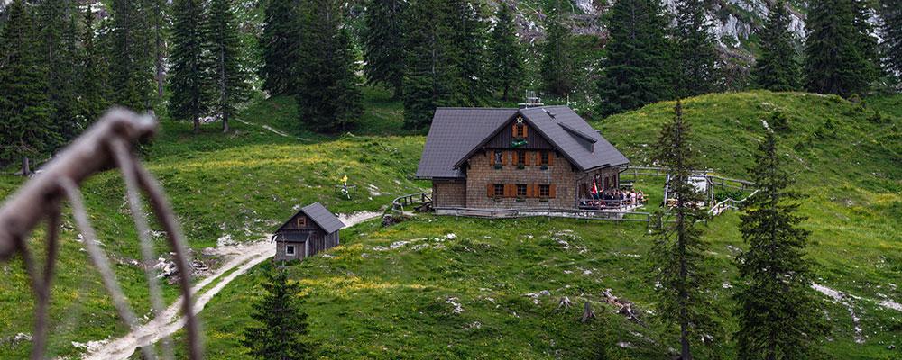 Die Ybbstalerhütte auf 1343m