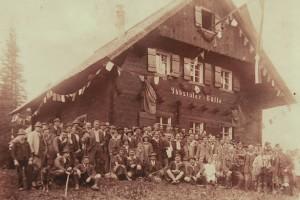 Foto von der Eröffnung der Ybbstalerhütte 1925